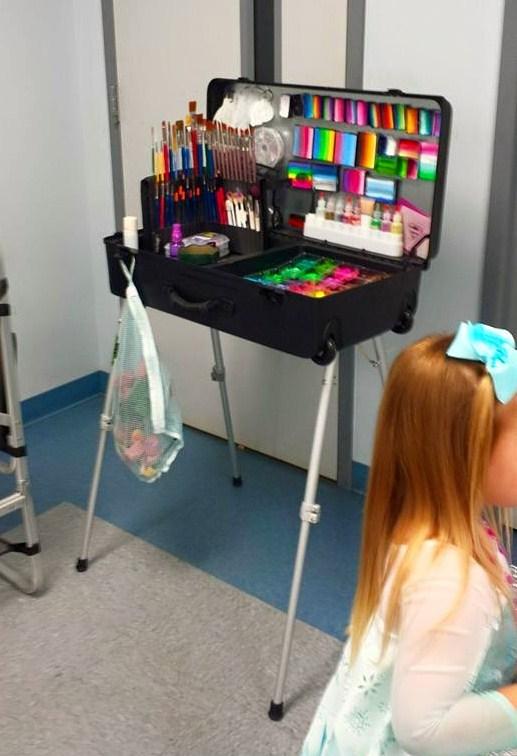 Facepainting Kits Artist Workstation Makeup Artist Kit