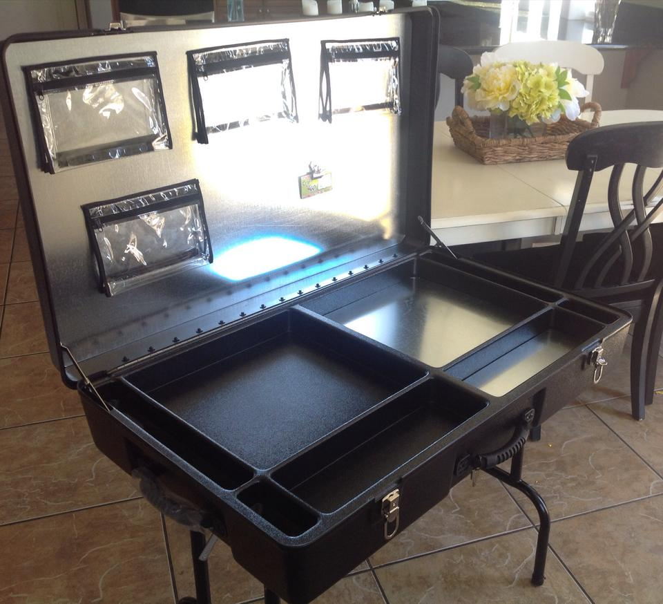 Crafting Outside with the Craft-n-Go Workstation