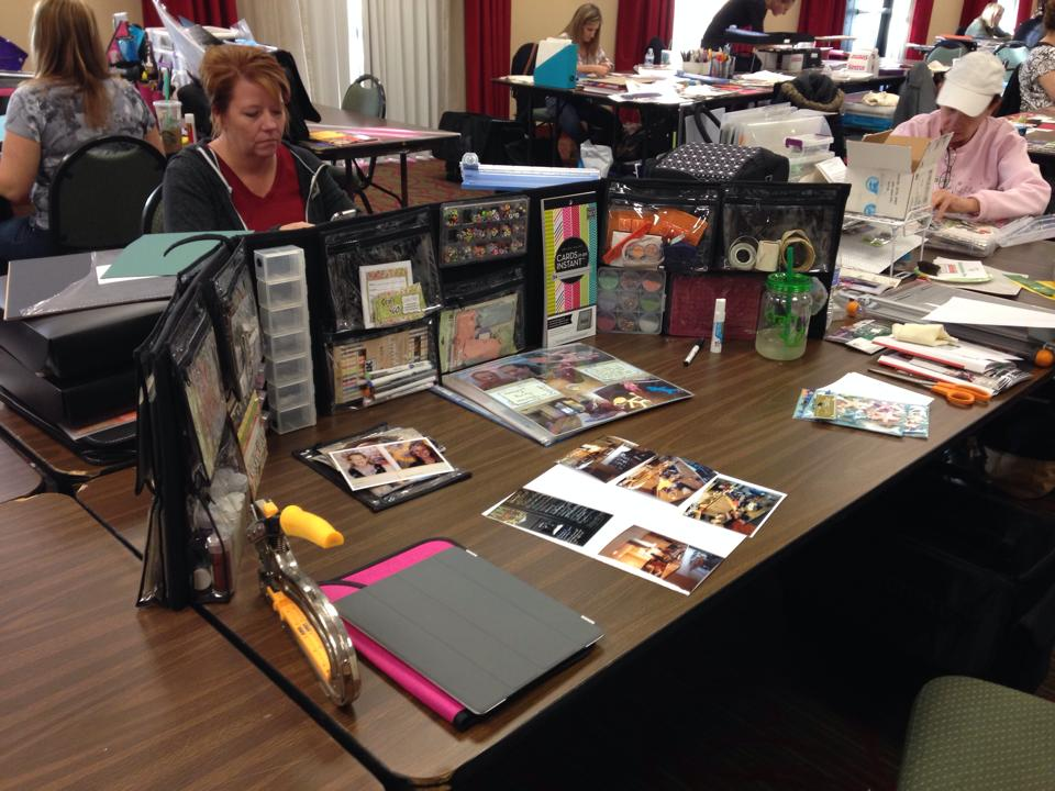 scrapbooking with the Craft-n-go trifold